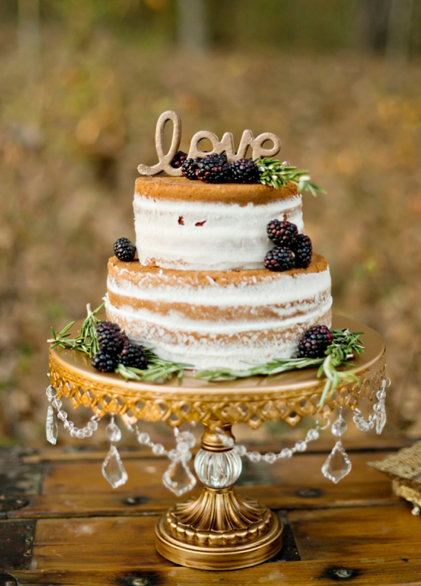 opulent-treasures-chandelier-ball-base-cake-stand.png