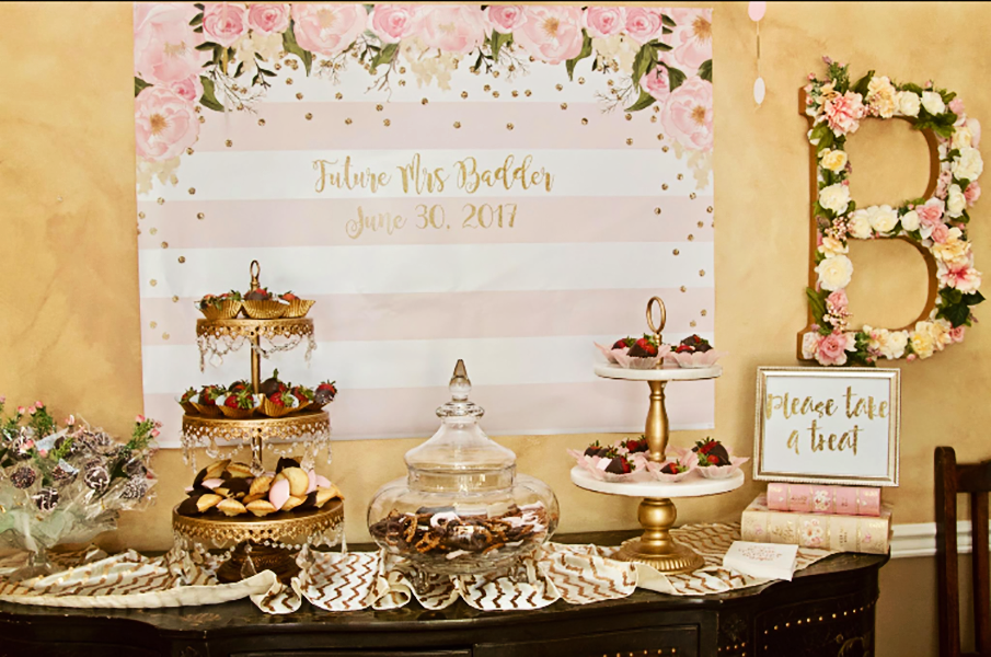cake-stand-tiered-gold-chandelier.png