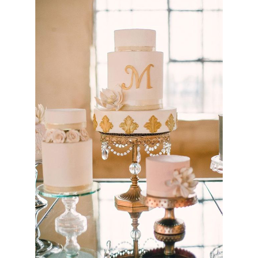 OpulentTreasures_ballbase-cakestand.png