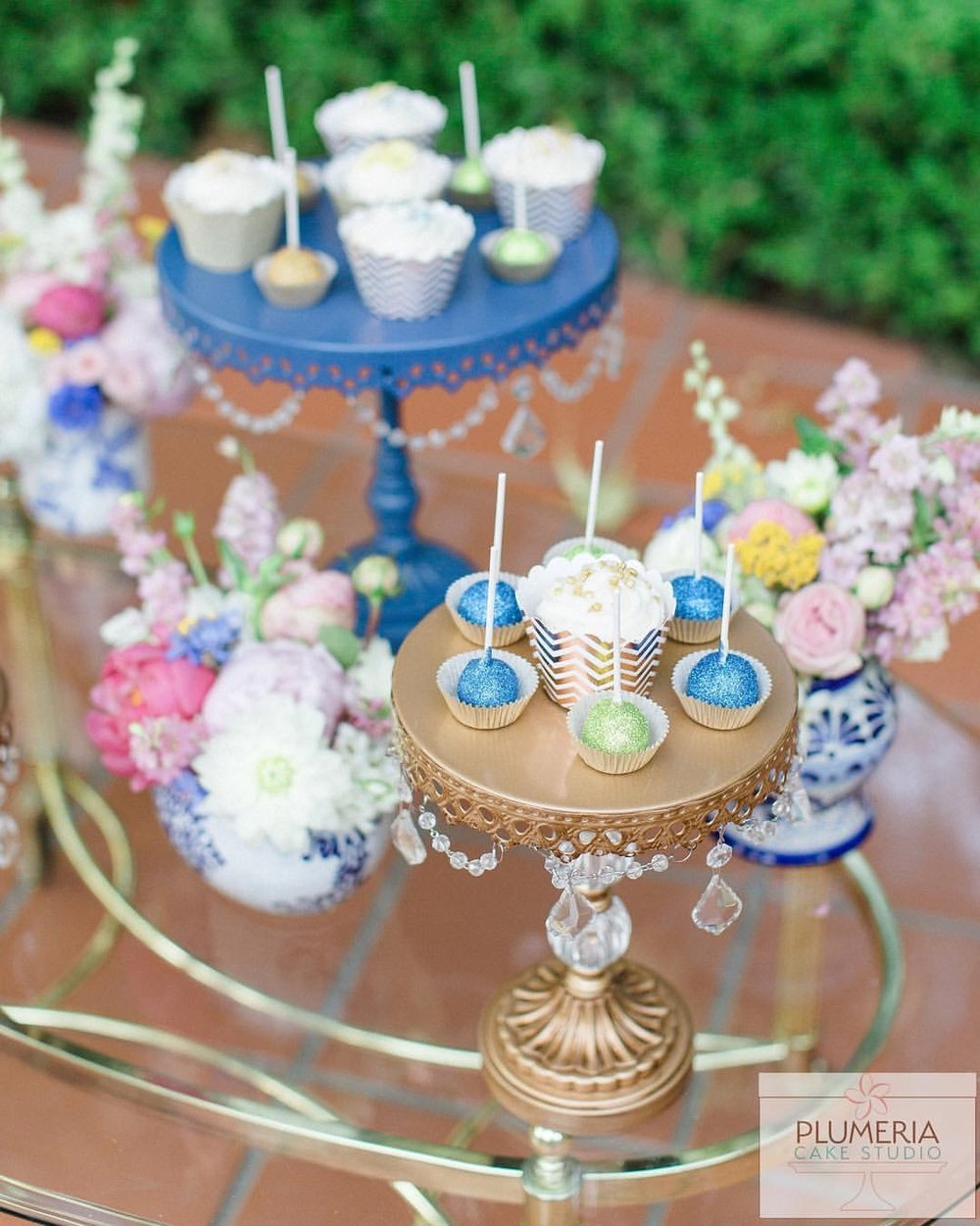 dessert stands-sweets-table-chandelier cake-stands.JPG