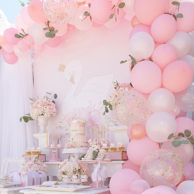 swan-party-sweets-table.jpg