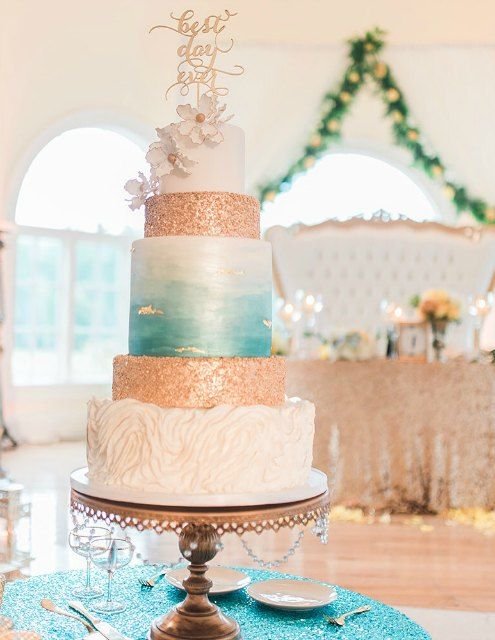 grand wedding cakes wedding cake and wedding cake stands finding the 14898