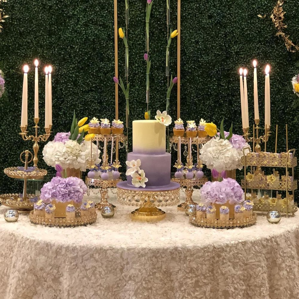Gold+cake+stands+created+by+Opulent+Treasures.jpg