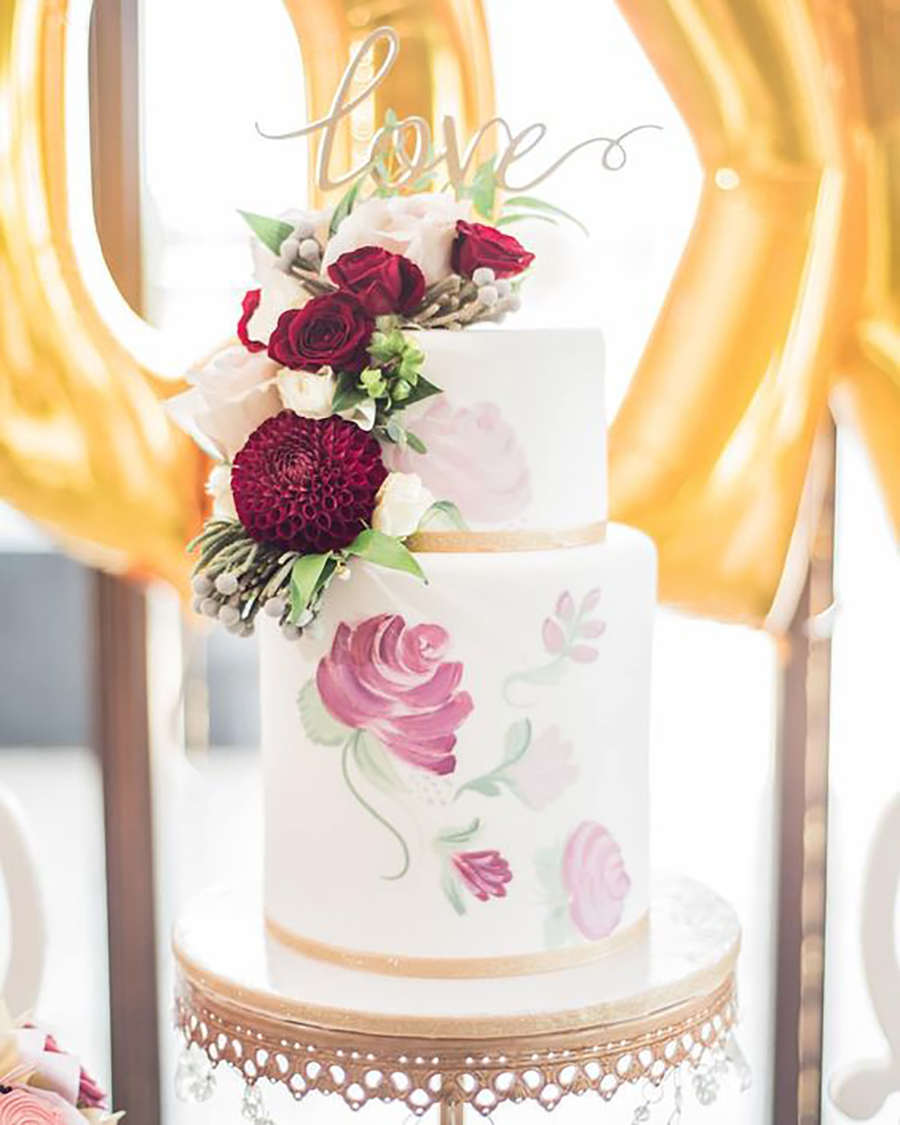 Photo:  Emily Christine Photography   cake:  The Sweetest Thing Cakes