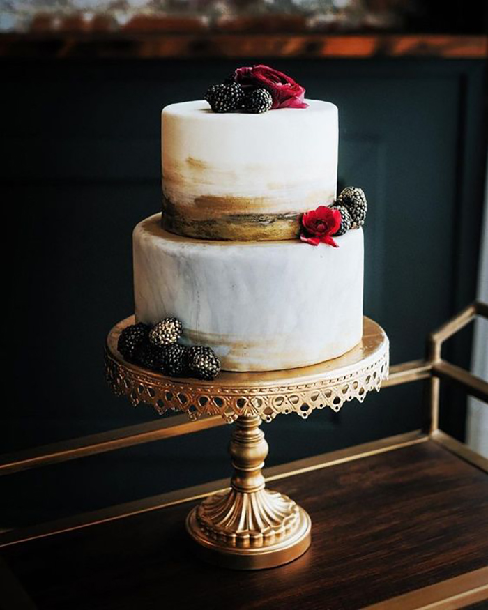 fall wedding cake by Sweet Tooth gold cake stand by opulent treasures.jpg