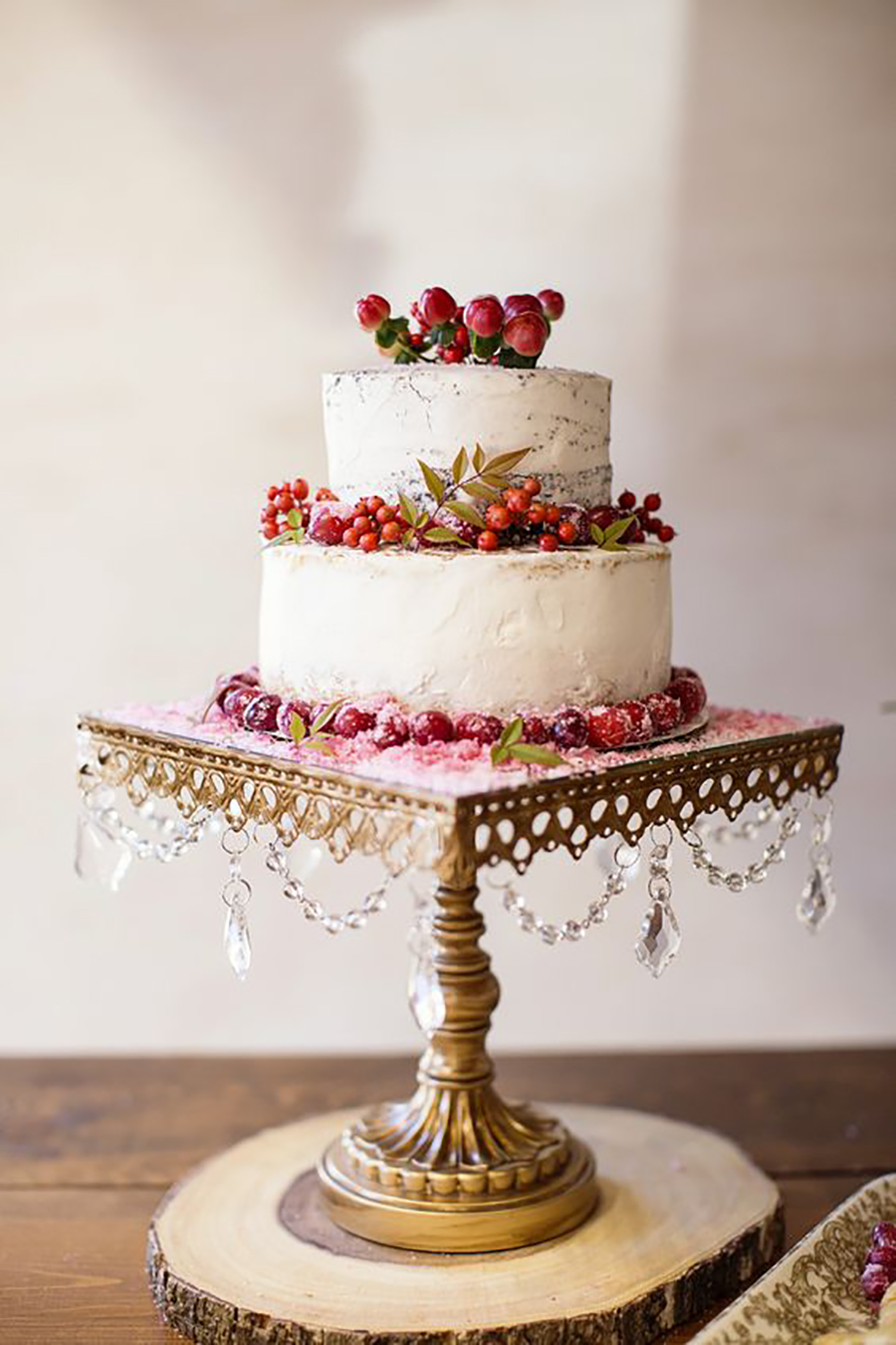opulent treasures square chandelier wedding cake stand entwined events Heather Kidd Photography.jpg