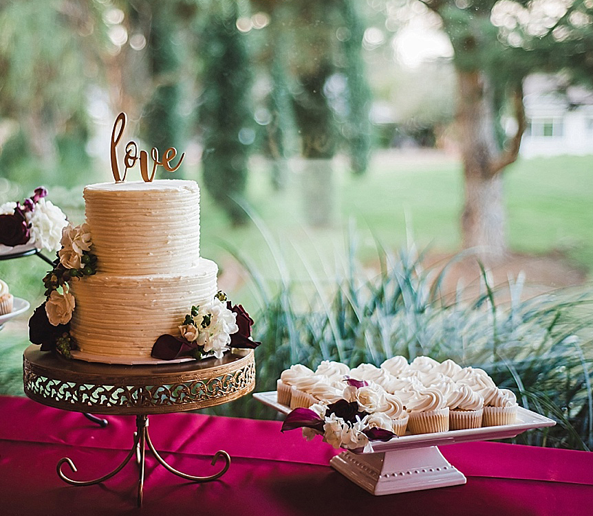 Opulent treasures Cake Stand San+Marcos+Wedding+Photographer_0071.jpg