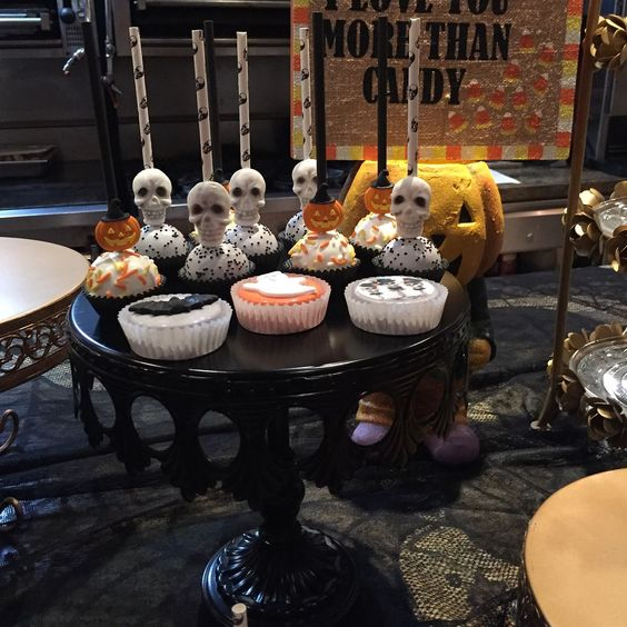 opulent treasures black cake stand halloween party decorations.jpg
