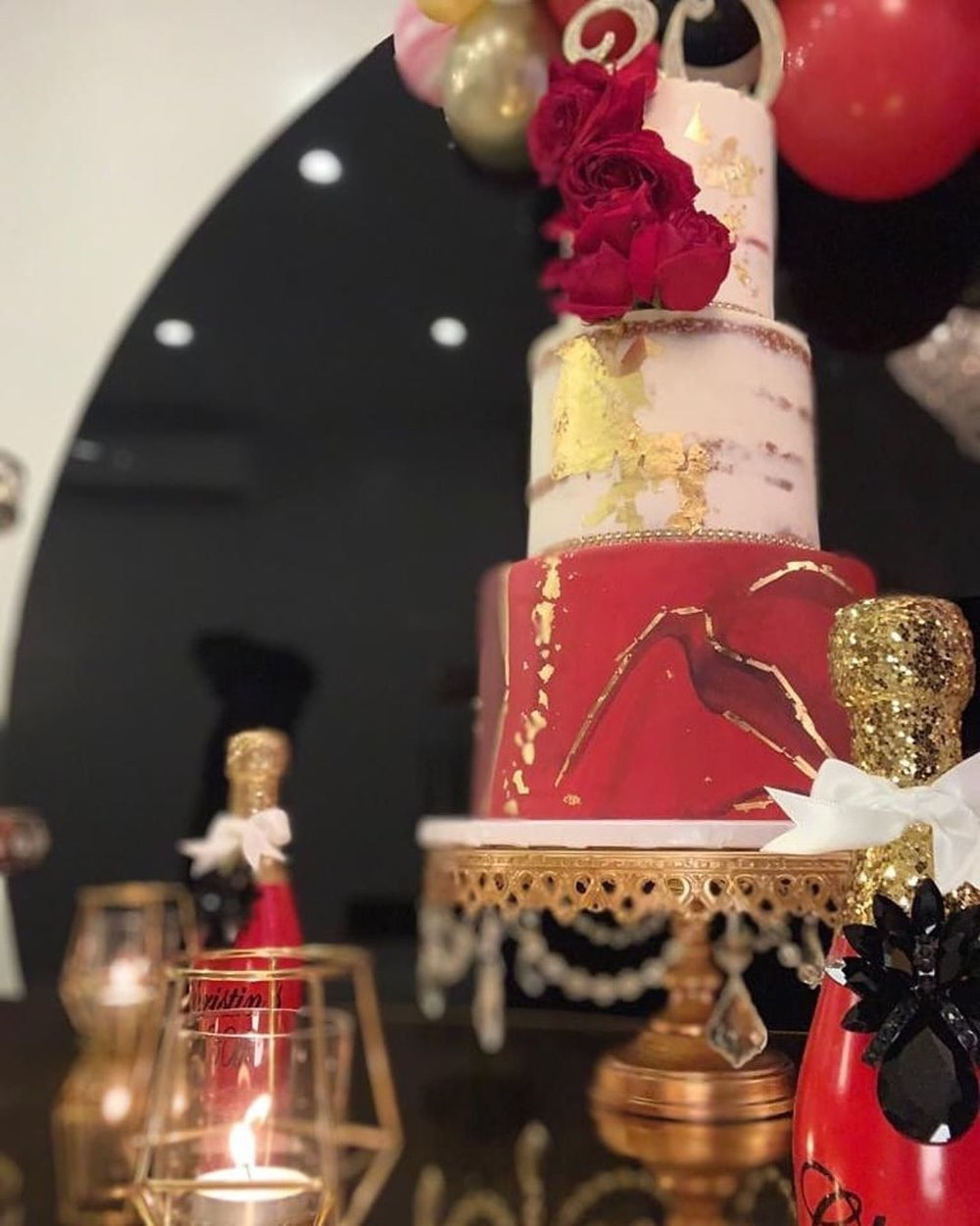 Table Setting BlushBK Designs   // Cake Stand Opulent Treasures