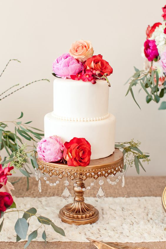 Design and Styling by  Candy Crush Shop  +  Blissful2Be      Photography: Florals by  Studio Dizon