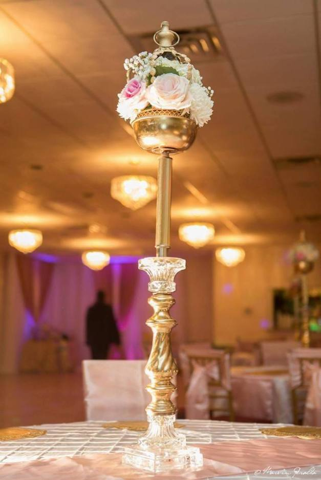 Blush-and-gold-Royal-party-centerpiece.jpg