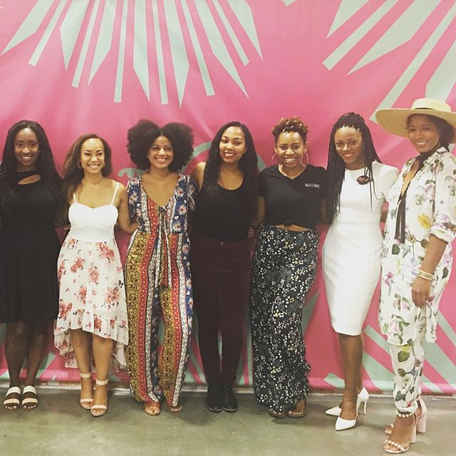Connecting with other Black women entrepreneurs has been so necessary to my sanity. Being at @21ninety's Summit 21 this past weekend and connecting, building, and supporting other Black women was truly invaluable. I can't wait to see what we create together!