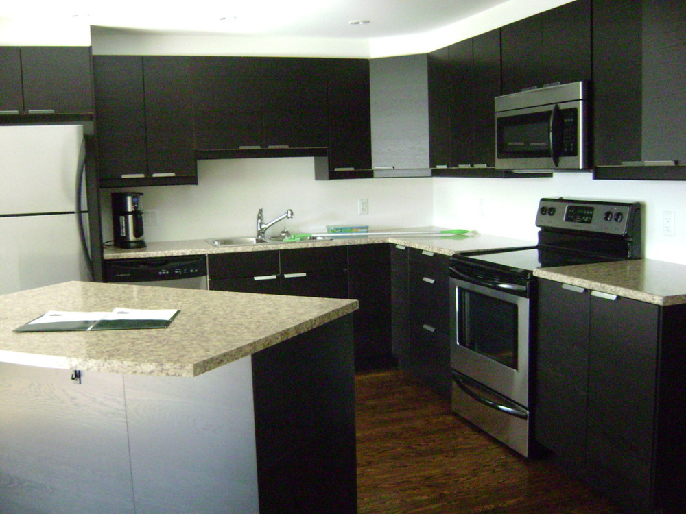 kitchen & eating area wide.jpg