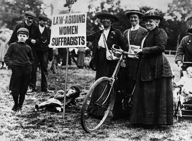 Women-Suffragists.jpg