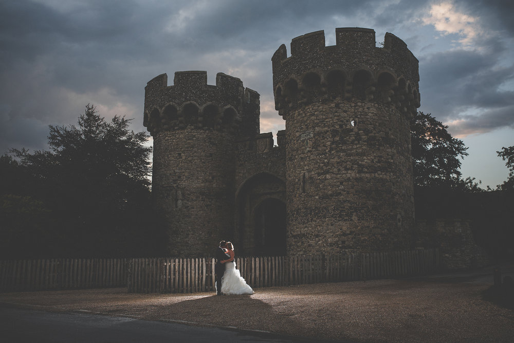 cooling_castle_barn_kent_wedding_photographer.jpg
