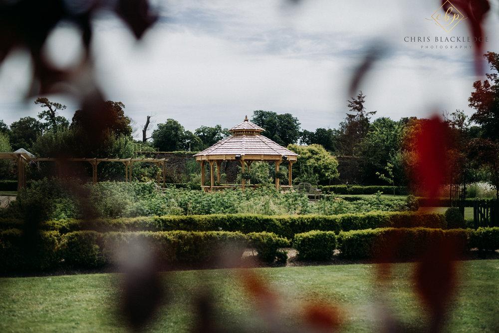 secret_garden_ashford_wedding_photographer4.jpg