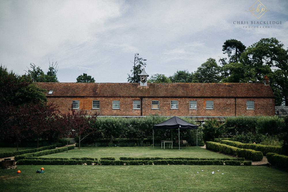 secret_garden_ashford_wedding_photographer3.jpg