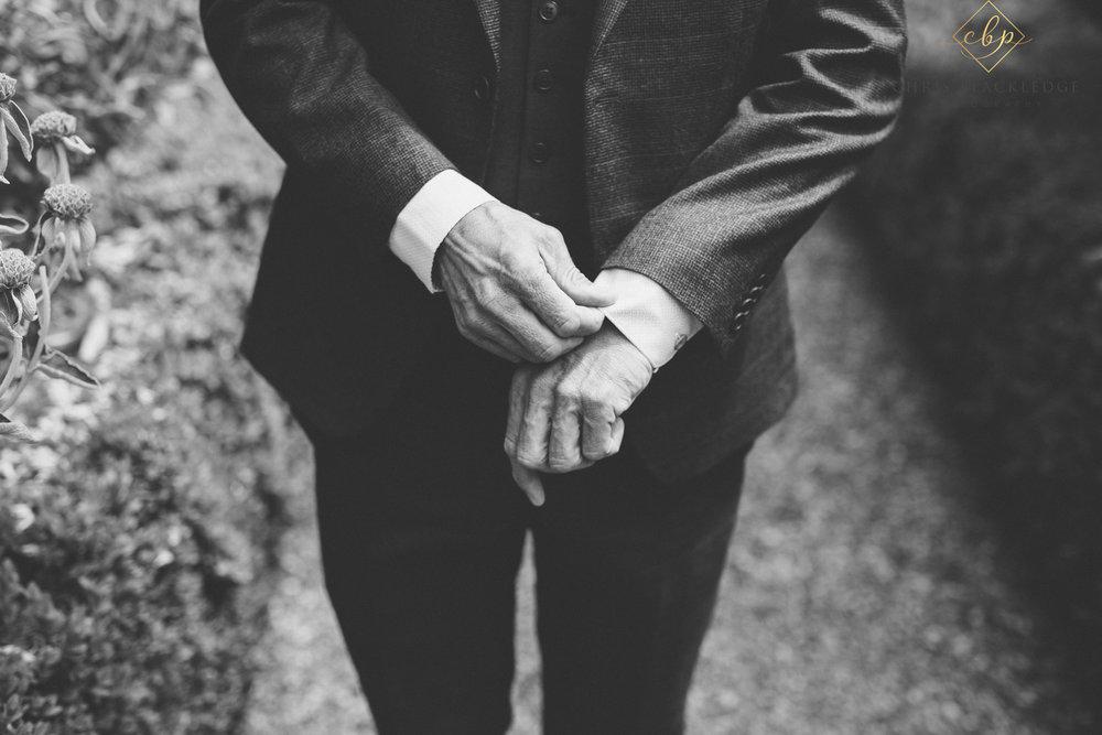 secret_garden_ashford_wedding_photographer12.jpg