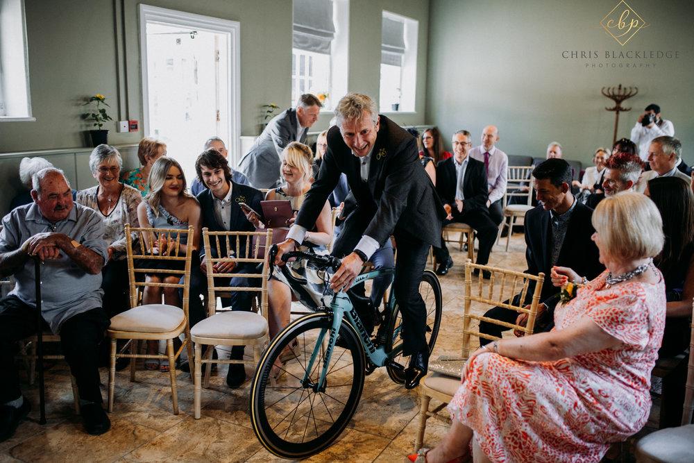 secret_garden_ashford_wedding_photographer15.jpg