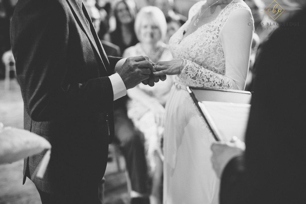 secret_garden_ashford_wedding_photographer36.jpg