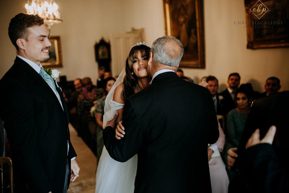 nurstead_court_kent_wedding_photographer23.jpg