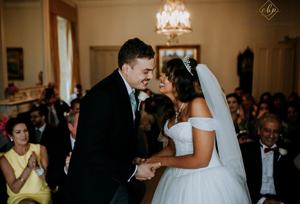 nurstead_court_kent_wedding_photographer28.jpg