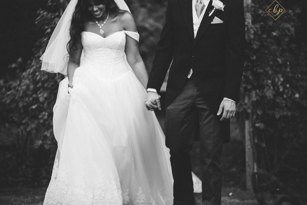 nurstead_court_kent_wedding_photographer36.jpg