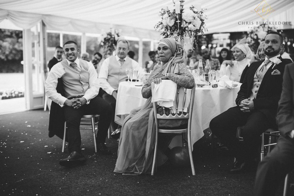 nurstead_court_kent_wedding_photographer47.jpg