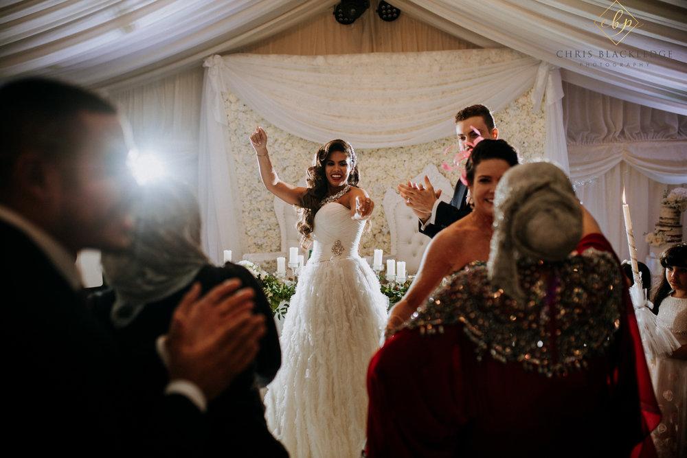 nurstead_court_kent_wedding_photographer67.jpg