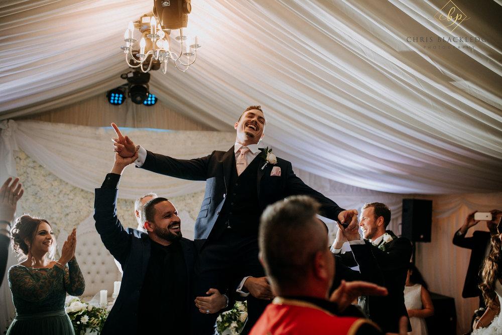 nurstead_court_kent_wedding_photographer68.jpg