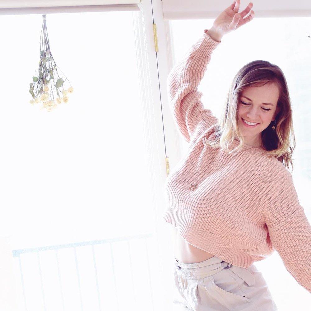 Carla Samson, Align Divine Yoga
