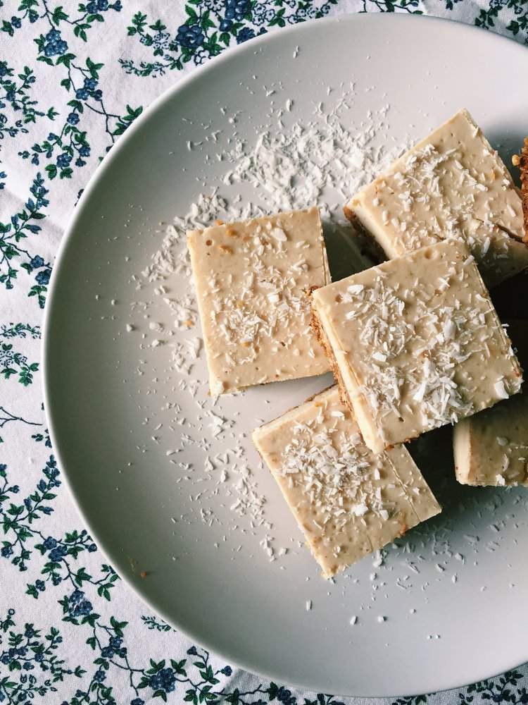 VEGAN LEMON BARS (GF)