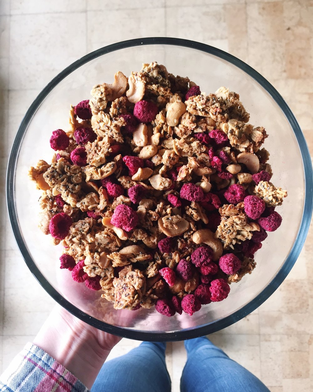 LEMON RASPBERRY CASHEW GRANOLA