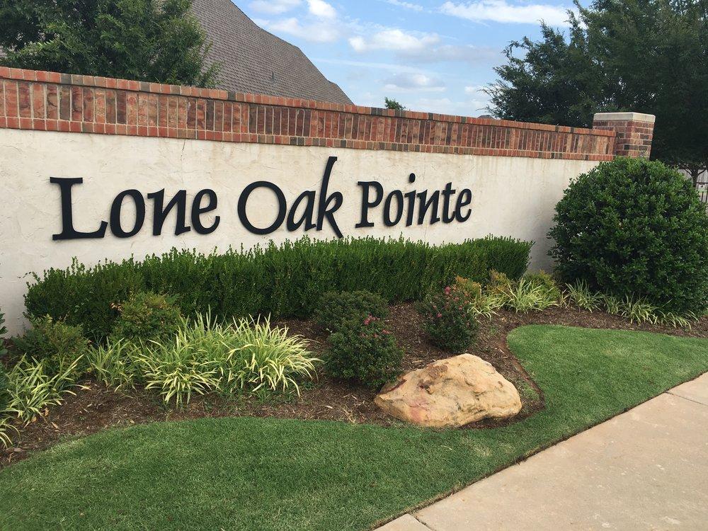 Pointe entrance.jpg
