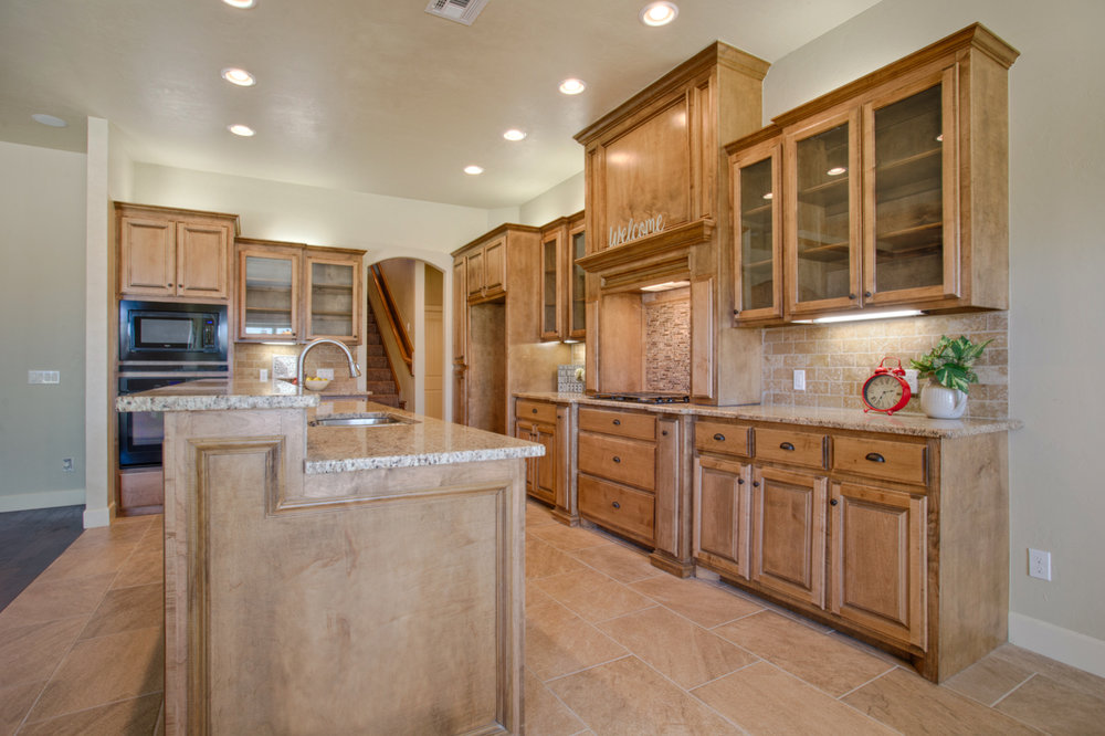 Daybright Kitchen 2.jpg