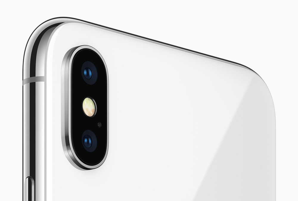 Apple website image displaying the iPhone X's vertical camera. Photo from the Apple Website