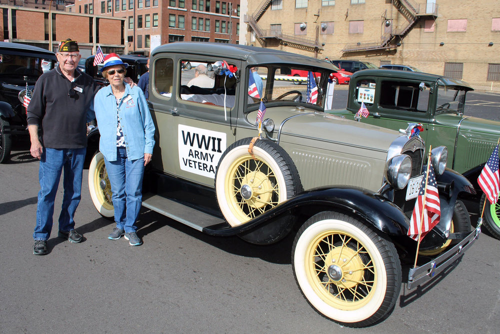 WWII Vet Gene & Alberta Appelbaum with their '31 Coupe