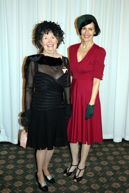 Queens of era fashion - Myrna Schild and Cornelia Manassa