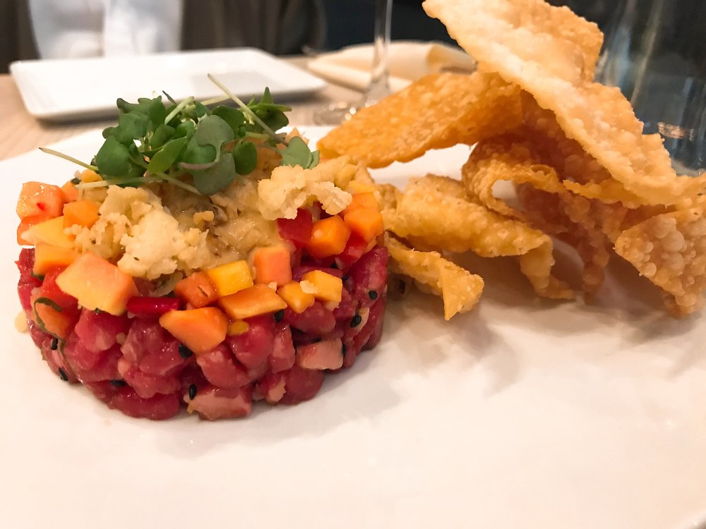 Tartare: sesame, miso, pickled papaya, crispy shallots served with wonton chips