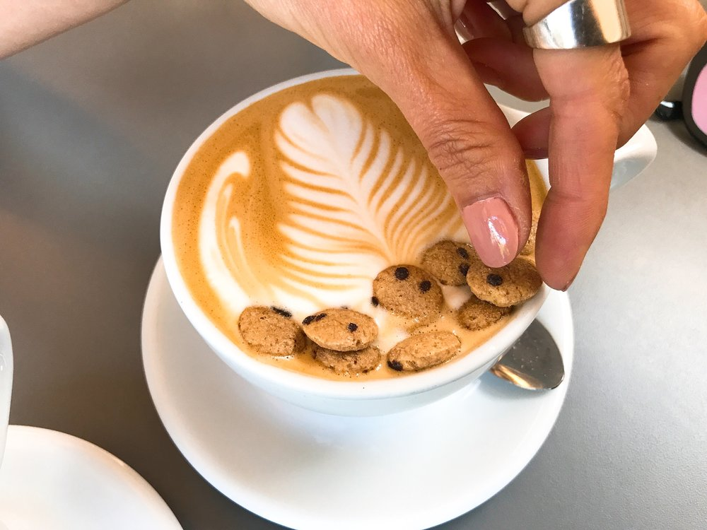 Cookie Monster (Cookie Butter Latte)