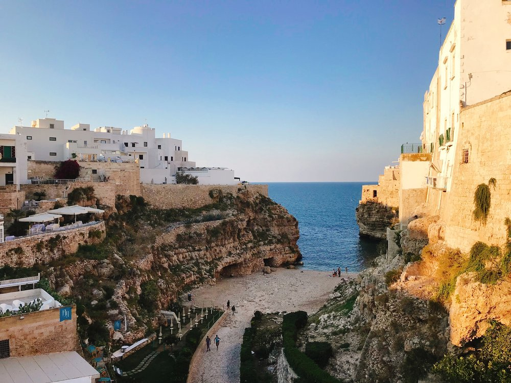 Polignano a Mare: One of the many areas for cliff diving and swimming