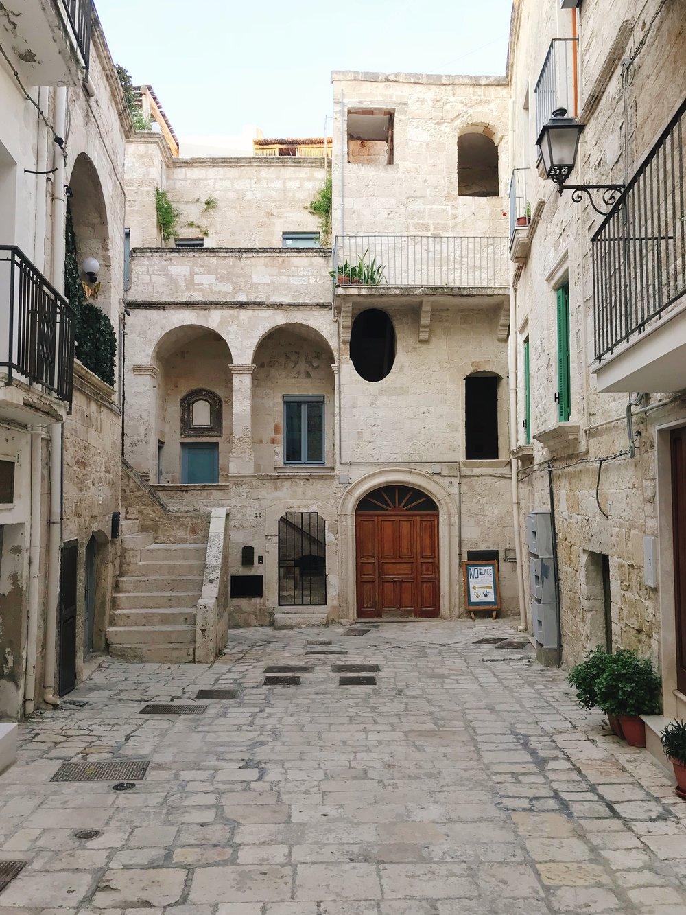 Polignano A Mare: Cityscape