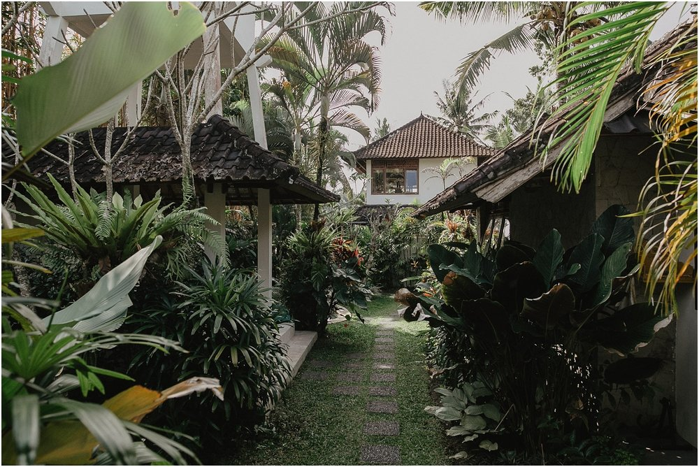 A nna and Sean's boho jungle elopment to Ubud in Bali._0001.jpg