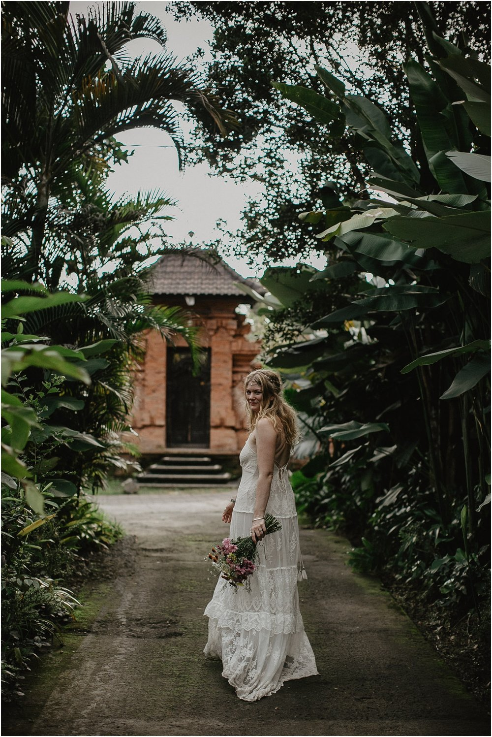 A nna and Sean's boho jungle elopment to Ubud in Bali._0139.jpg