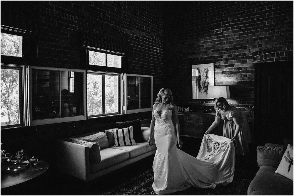 Katherine and Sam's stylish elopment at the Euroa Butter Factory._0021.jpg