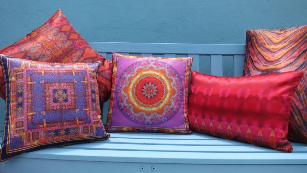 a cushion 3.jpg