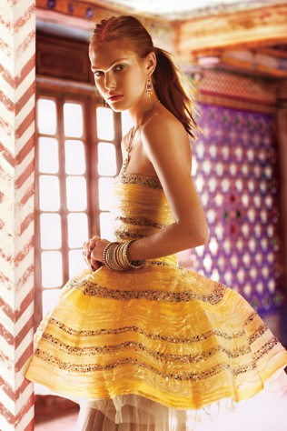 catherine-mcneil-wearing-fendi-silk-and-tulle-dress-in-maharani-moment-photographed-by-richard-bailey-april-2008.jpg