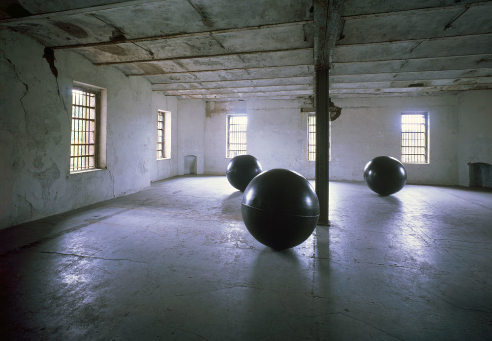 Antony Gormley, Three Bodies,  1991; Photo Source: http://www.antonygormley.com/