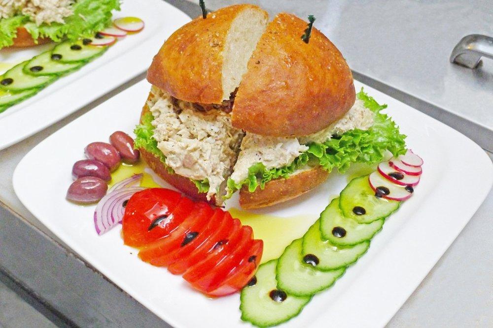 Israeli-Tuna-Sandwich-2-1.jpg