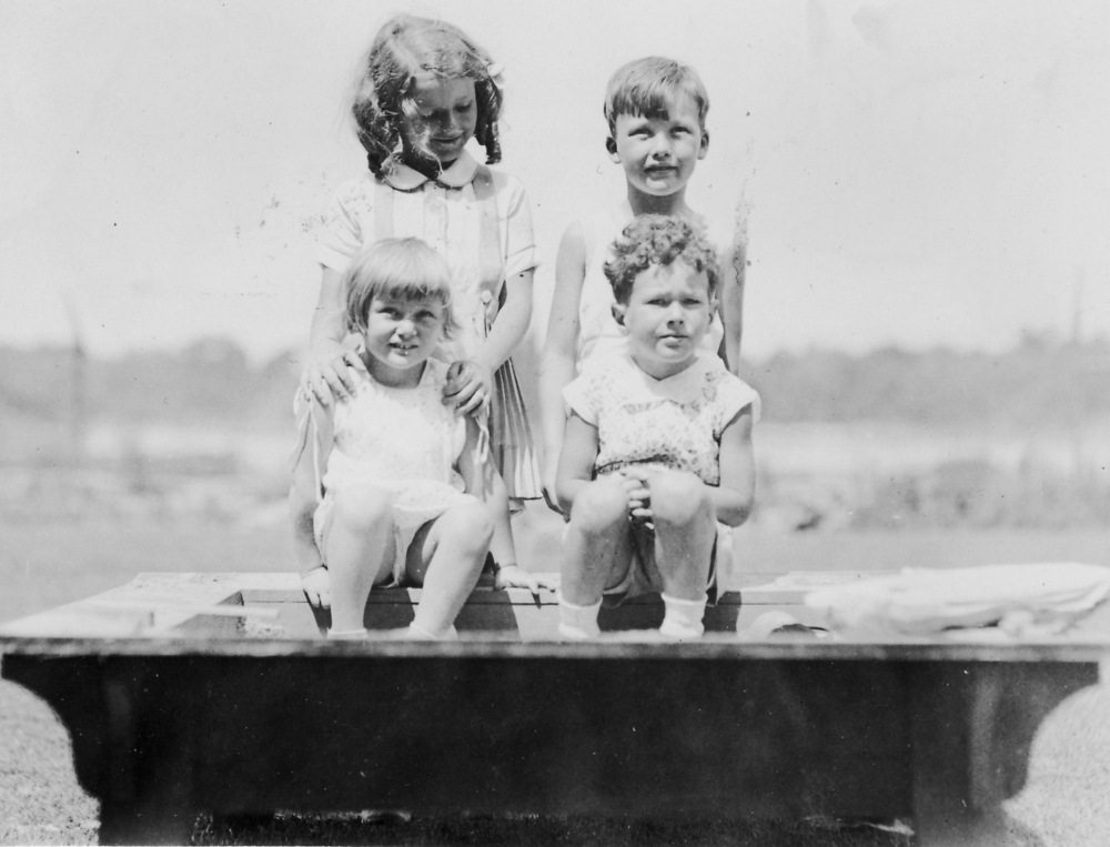 Lewis and Betty Bloom with cousins, Leslie and Boy Rogers